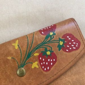 ⋯ Vintage 70s Leather Hand Painted Wallet